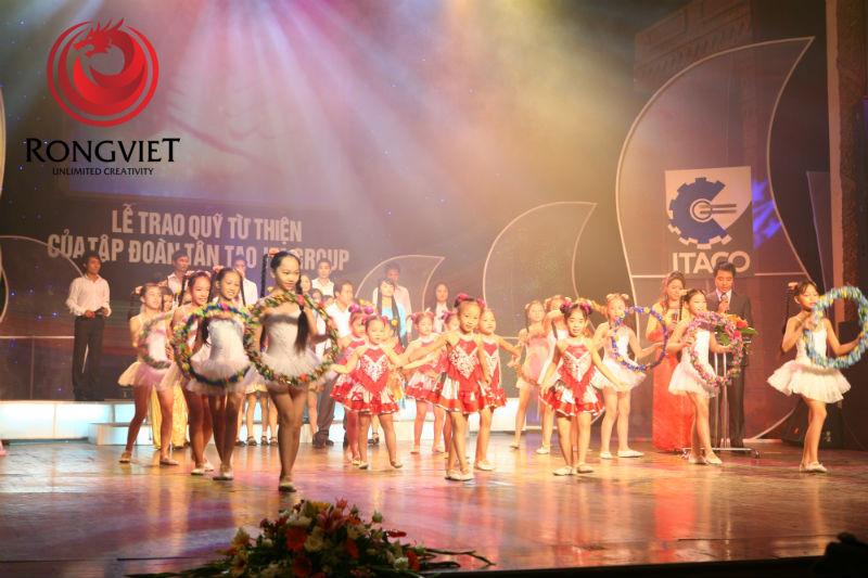 Chương trình văn nghẹ được truyền hình trực tiếp - công ty sự kiện Rồng Việt