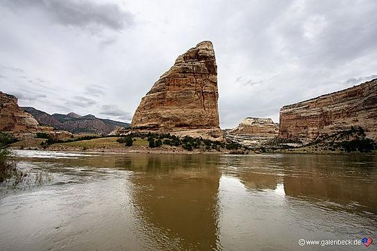 Steamboat Rock står ene ved Green River.