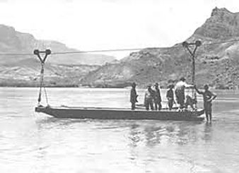 Lee's Ferry over Coloradofloden