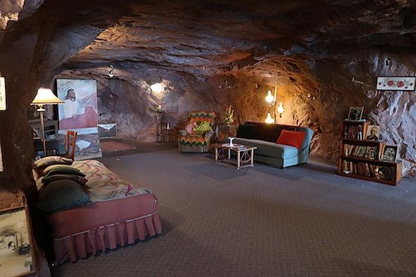 www.drivingusa.dk besøger Hole N' The Rock, ved Moab