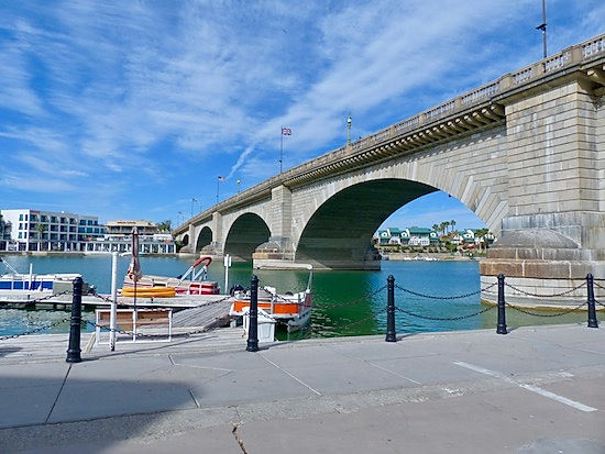 LOndon Bridge ved Lake Havasu. www.drivingusa.dk