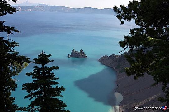 Crater Lake. Søen opleves bedst fra søsiden, med turbådene.