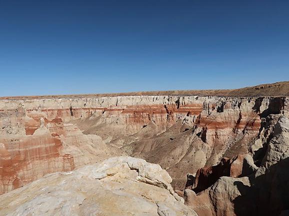 www.drivingusa,dk i Coalmine Canyon, Navajo Nation
