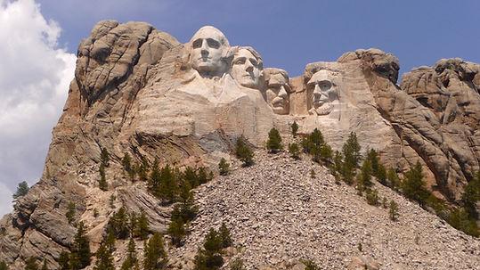 Mt. Rushmore. Roadtrip ruter og nationalparker i USA