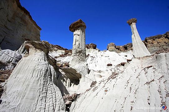 Wahweap hoodoos ved Page, Utah