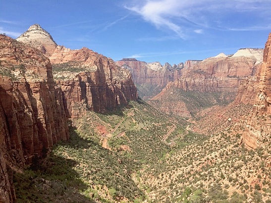 Zion Canyon Overlook. www.drivingusa.dk