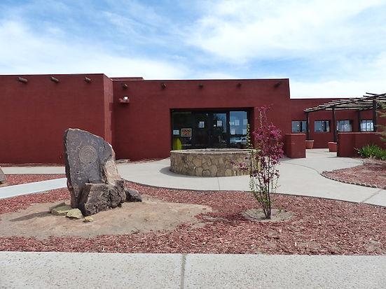 Hopi Culture Center i Second Mesa er samlingssted for stammen. drivingusa.dk