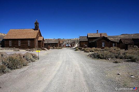 Bodie ligger ikke langt fraTioga Pass ved Yosemites østlige indgang. drivingusa.dk