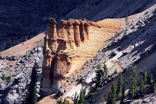 Crater Lake har 140 trailheads