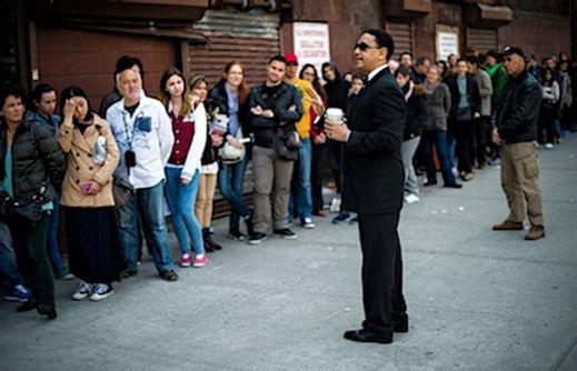 Kø til Gospel, Harlem i New York