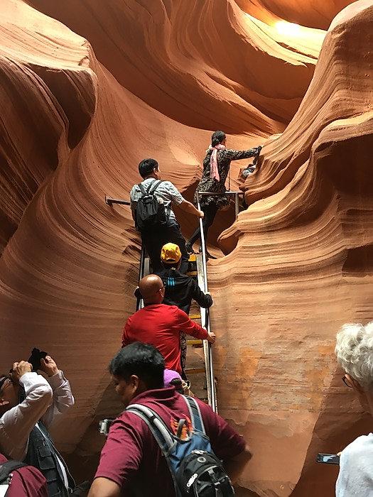 Lower Antelope Canyon..jpg