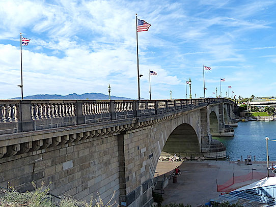 London Bridge, i Lake Havasu er en dl af Route 66.