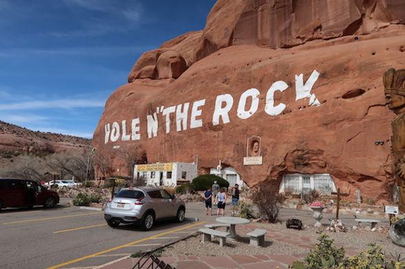 Danske Albert Christensen, lavede Hole N' The Rock, i Utah