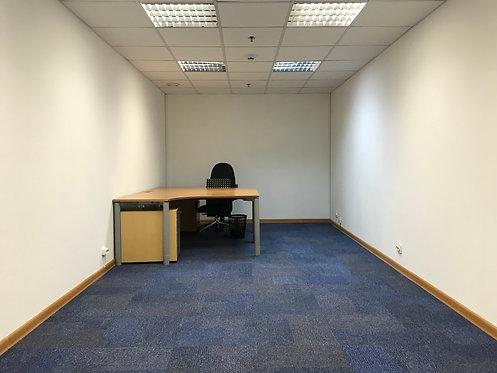 Офис 23,9 кв.м, ул. Смоленская пл., д. 3, 5 этаж, без окна