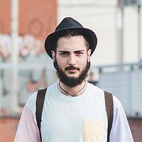 Fan muzyki Hat i Beard