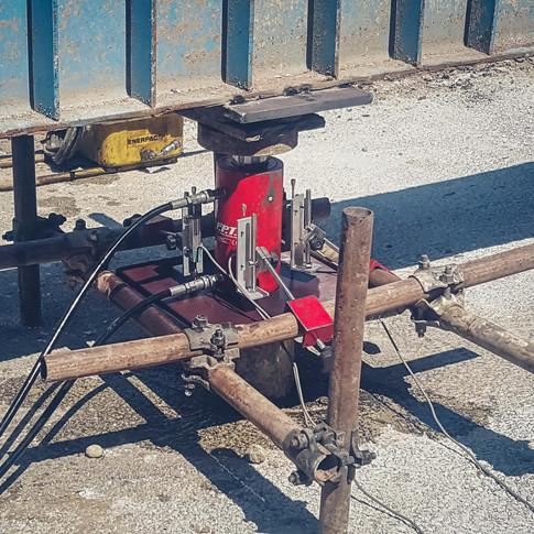 Prova di carico su palo di fondazione