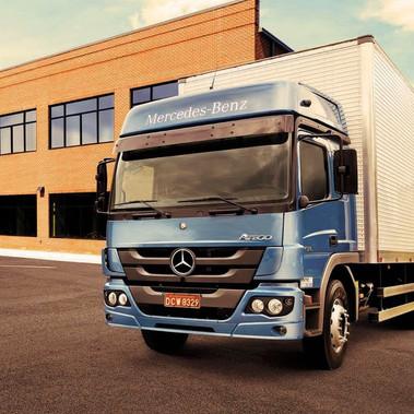 M Benz Atego 2430 Nova Era Transportes.jpg