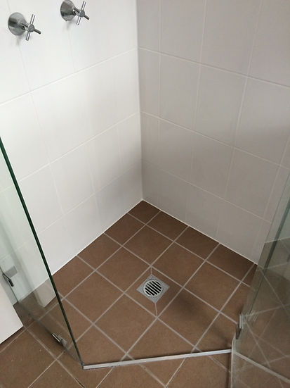 Leaking Shower Repairing Sydney, before repairing