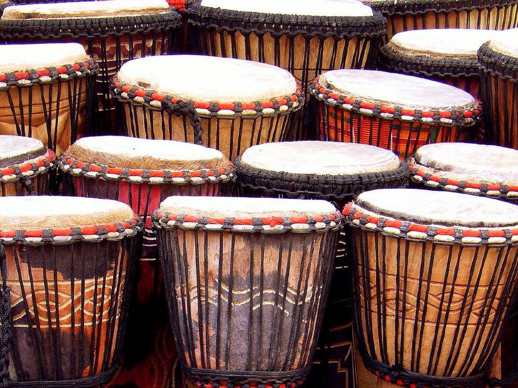 Taller de percusión africana