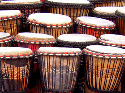 Taller de percussió africana