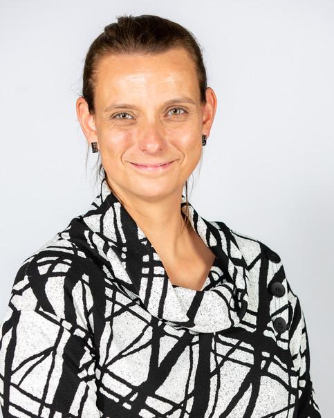 Lucie Aylwin - Directrice - École Adélard-Desrosiers   - CSPI