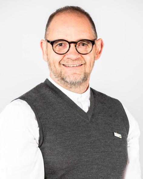 Claude  Raymond - Chargé de projet à l'internationalisation / Centre Éducatif - CSMB International