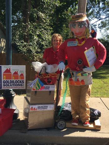 Goldilocks Solutions Ima Packer Scarecrow in Eureka Scarecrow Festival