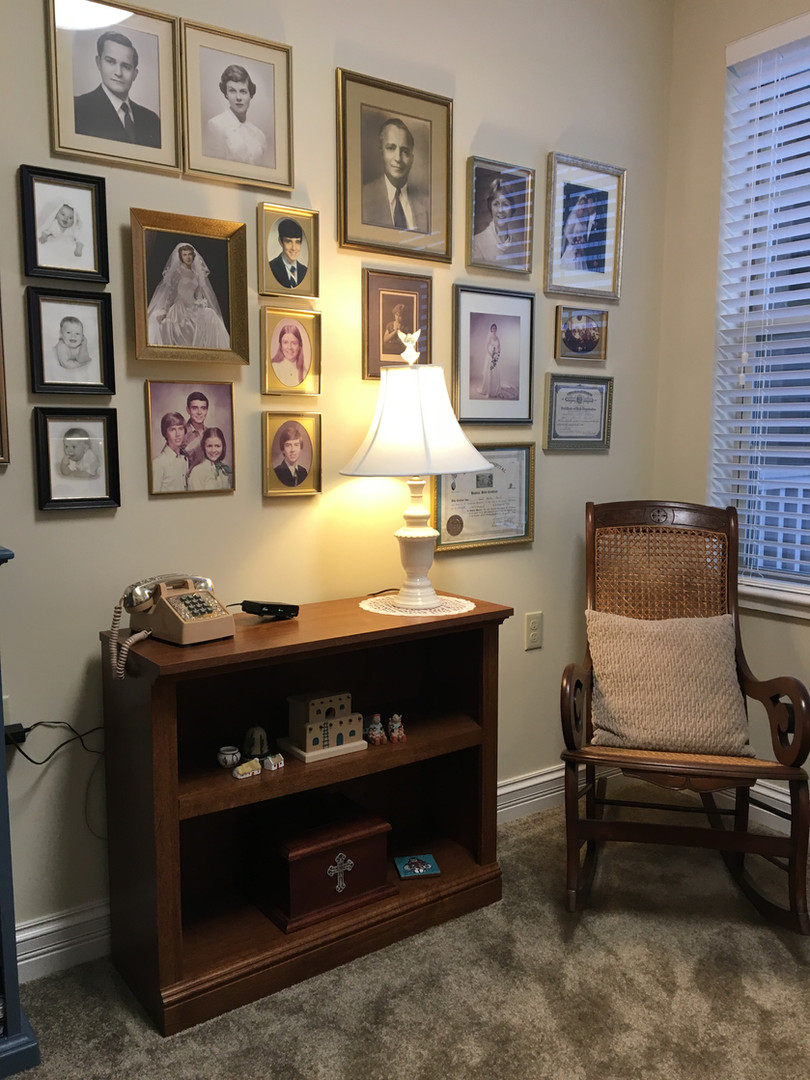 wall arrangement by Goldilocks Solutions