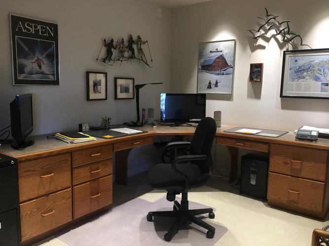 well organized office   Goldilocks Solutions