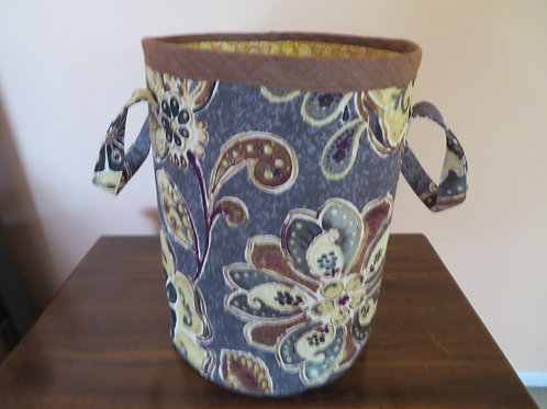Floral pattern with brown trim around top