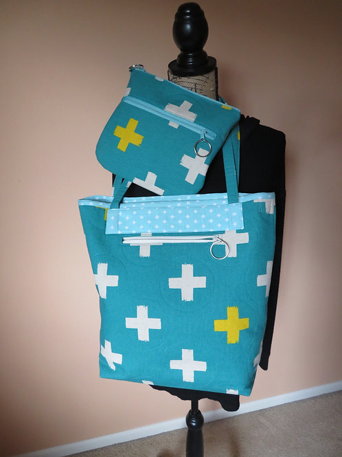 Turquoise Plus!     Uptown Tote with matching Clutch