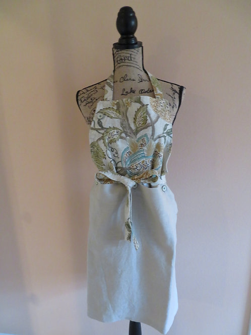 Floral linen apron with detachable solid gray towel