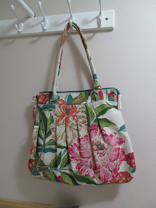 Summer floral zippered tote