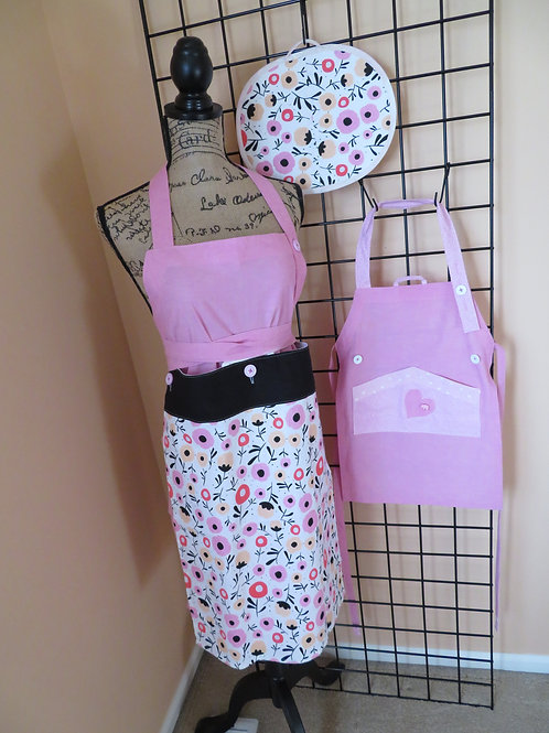 Adult and Child Pink Cotton aprons