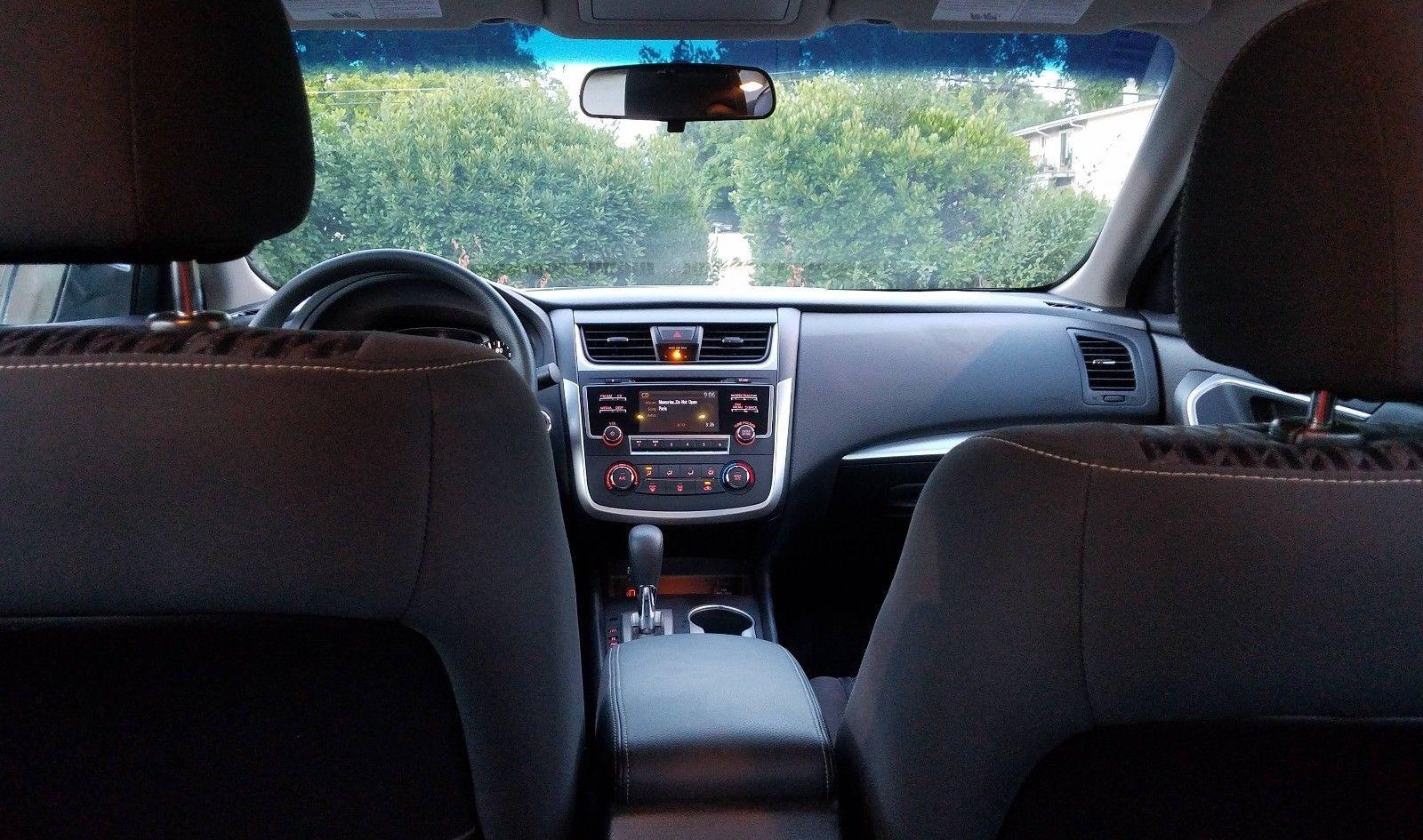 2017 Nissan Altima Like New