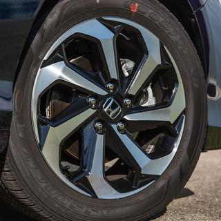 2016-Honda-Accord-EX-118.jpg