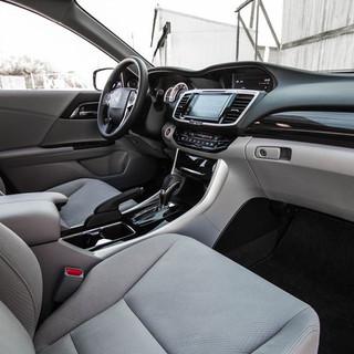 2016-Honda-Accord-EX-125.jpg