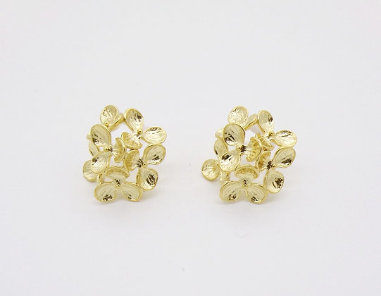Boucles d'oreilles Flower plaqué or (Pré-vente)