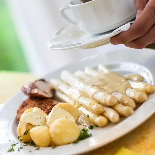 Hähnchenbrust | Stangenspargel | Sauce Hollandaise | Salzkartoffeln