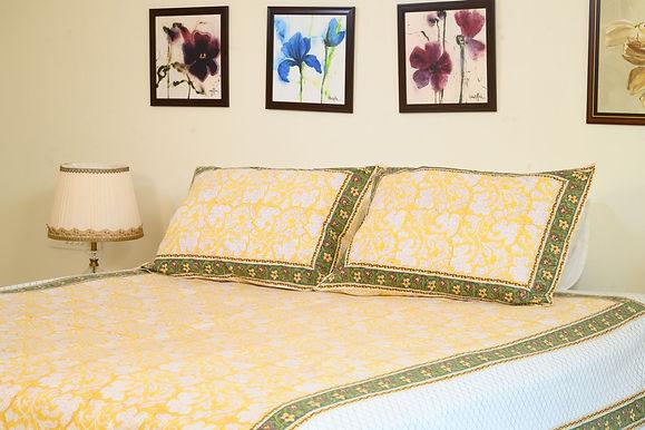 Green Yellow Bedsheet