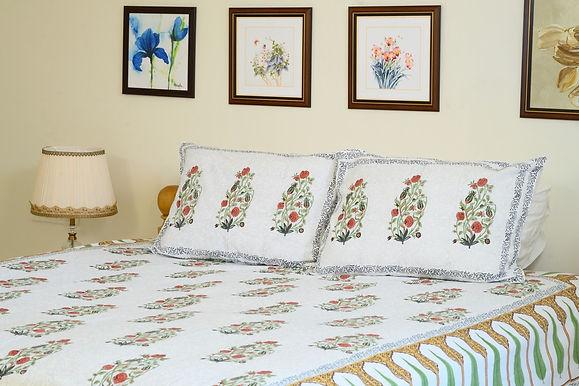 Green Red Floral Bedsheet