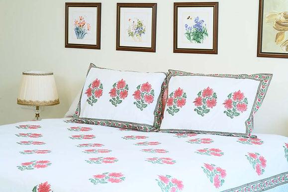 Pink Floral Bedsheet