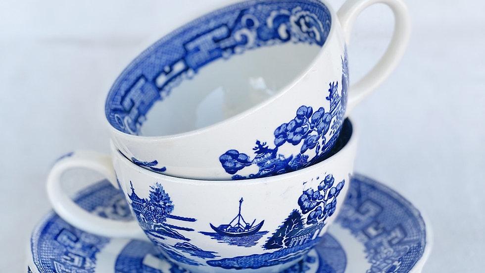 Set of Wide teacup/soup bowl