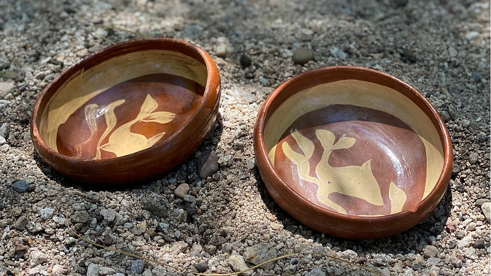 Hand painted clay bowl set