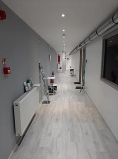 Couloir après l'entrée principale