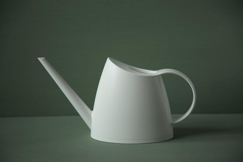משפך קטן 1.5 ליטר בצבע לבן