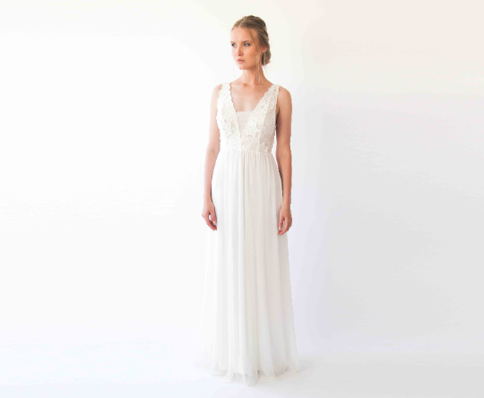 Ivory floral lace , Elegant maxi wedding gown, 1222