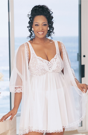 PLUS SIZE LACE BABYDOLL WHITE (3 PIECE SET)