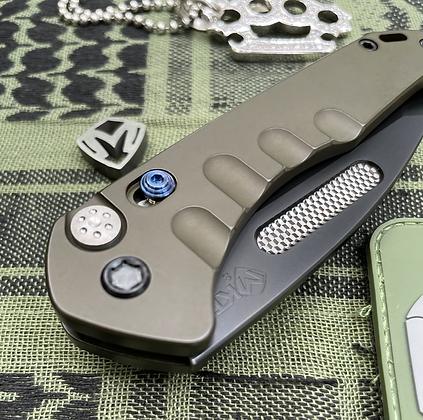 Swift Auto Praetorian Medford Knife and Tool