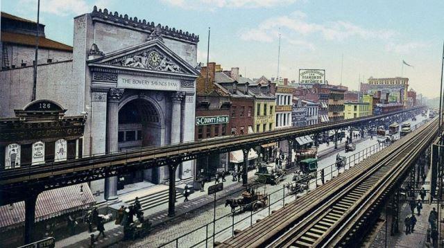 Бауэри, Нью-Йорк, начало ХХ века. Фото: mashable.com